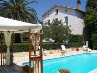 locsud villa 10 pers entre mer et montagne avec piscine privative et parc le boulou. Black Bedroom Furniture Sets. Home Design Ideas