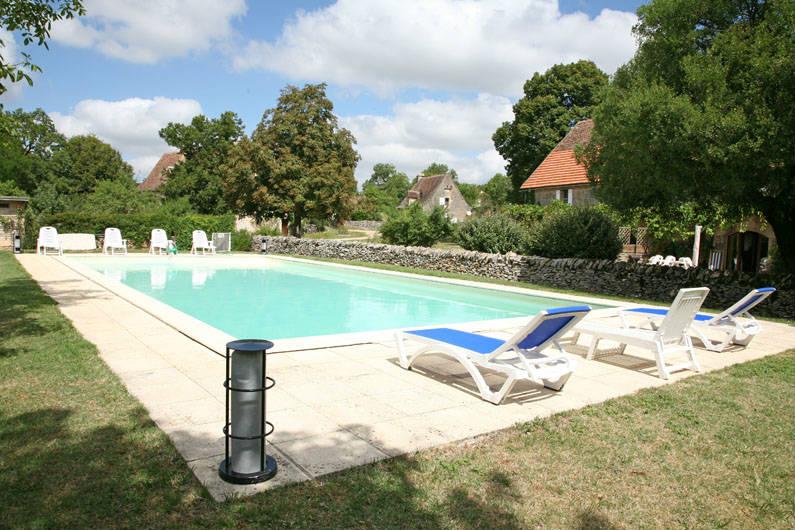 Locsud gites lot rocamadour 4 gites avec piscine gramat for Gites morbihan avec piscine