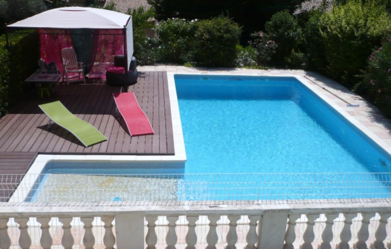 Locsud appart piscine cote bleue entre mer et collines for Camping cote bleue avec piscine