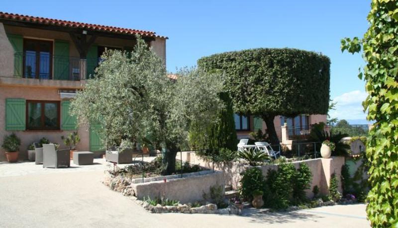 Locsud villa 10p piscine saint aygulf villepey 83370 - Les jardins de villepey saint aygulf ...